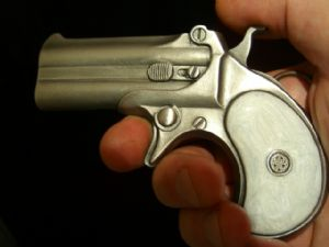 DERRINGER PISTOL Belt Buckle + display stand